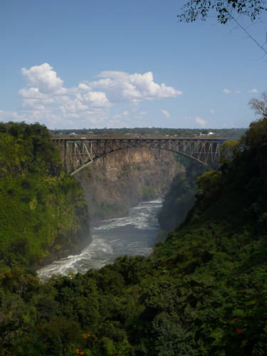 s-世界三大瀑布の1つビクトリアフォールズ(滝) (2.5)