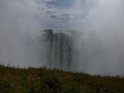 s-世界三大瀑布の1つビクトリアフォールズ(滝) (30)