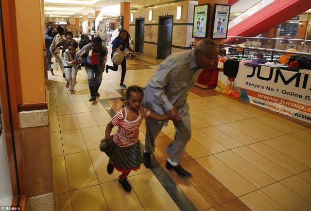 ナイロビのショッピングモールで銃撃戦 (5)