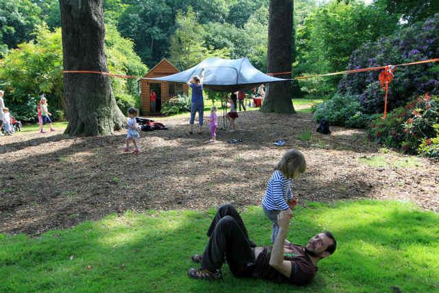 空中に張るハンモックのようなテント「Tentsile」 (6)