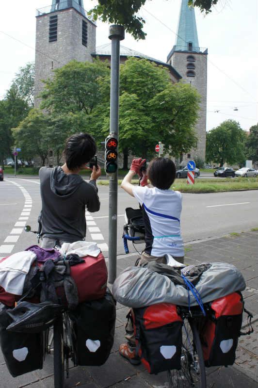 舛添知事はドイツを自転車旅した僕のブログを読んだのか?東京都内の自転車道整備で予算は約60億円だってさ! (2)