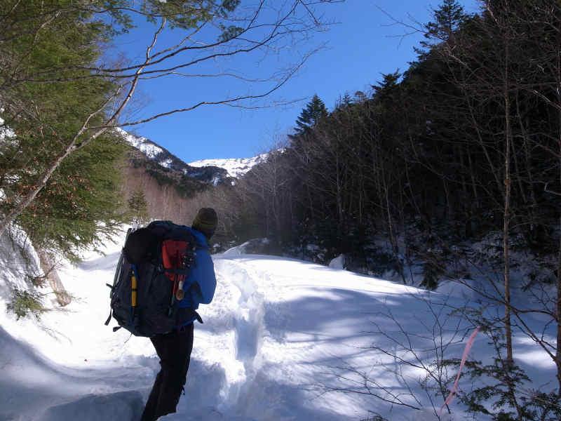 厳冬期2月の冬山に初挑戦!八ヶ岳の頂点、赤岳を雪山登山(赤岳鉱泉テント泊ルート、コースタイム有) (10)