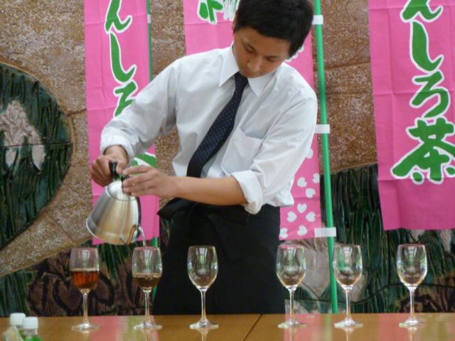 鈴木製茶のお茶工場を見学して、茶葉の作り方を聞いてきたよ!(新城市作手田代)鈴木克也