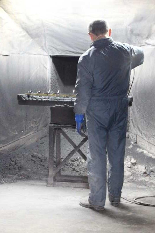 伝統工芸品に指定されている三河仏壇組合の工場を見学してきた[愛知県新城市作手] (4)