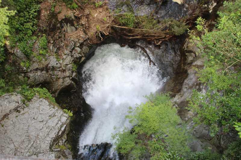 愛知県新城市作手の「鳴沢の滝」までサイクリングして泳いでみた! (6)
