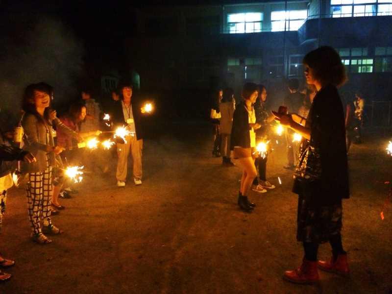 東京・浅草橋「長谷川商店」で購入した花火でミニ花火大会をやってみた! (1)