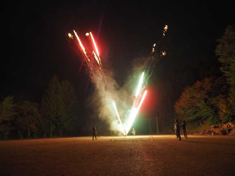 東京・浅草橋「長谷川商店」で購入した花火でミニ花火大会をやってみた! (14)