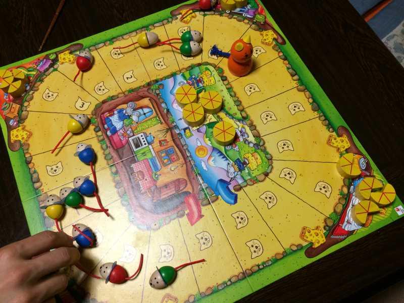 ねことねずみの大レースを子供と遊んで大盛り上がり!4歳から遊べる面白いボードゲームだよ (5)