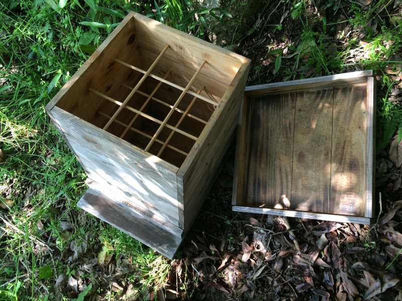 自然養蜂するための蜂の巣箱をもらってきたよ! (3)