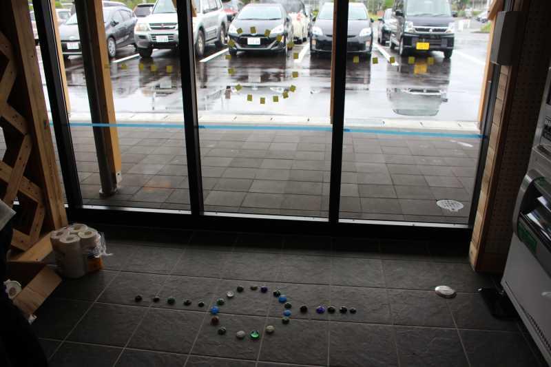 おしゃれなガラス玉を貼るワークショップで子供が大盛り上がり!【つくでまめな会】 (7)
