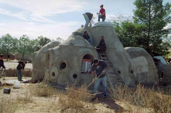 アースバックハウスの作り方を学んでみた!セルフビルドで家を作りたい!! (1)