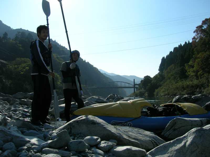 高知の吉野川を8年ぶりに見て、大学時代の四国カヌーツーリングを思い出した。カヌーよもやま話。 (3)
