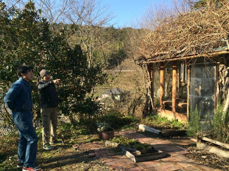 セルフビルドの面白い家が立ち並ぶ理想空間が和歌山にあった!【アースバックハウス・ストローベイルハウスetc】 (11)
