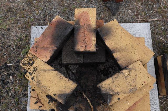ピザ窯をdiyしてみた!レンガ窯・ドラム缶窯・ダンボール窯の作り方【手作り・自作・低予算】 (5)
