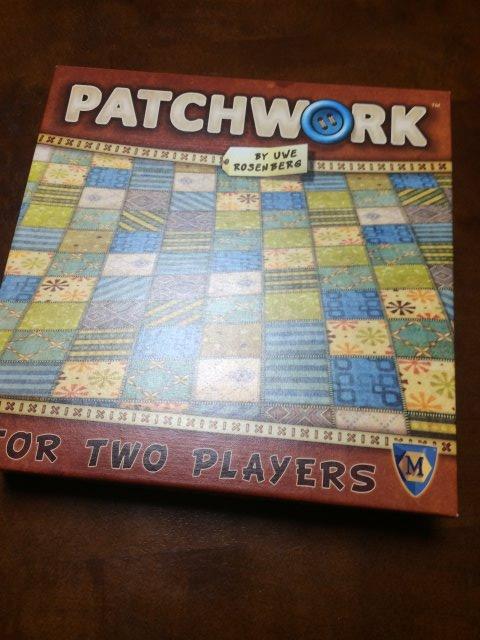 2人用ボードゲームの最高傑作かもしれない!ウヴェ・ローゼンベルクの「パッチワーク」が面白い!! (2)