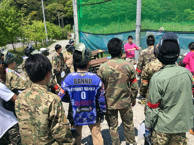 色つき銃のサバイバルゲームペイントボールが楽しすぎた!【名古屋近郊のサバゲー会場イナベ】 (12)